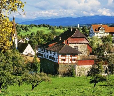 Wasserschloss Hagenwil. Lunch- und Tagungsort seit der Gründung im Jahr 1973